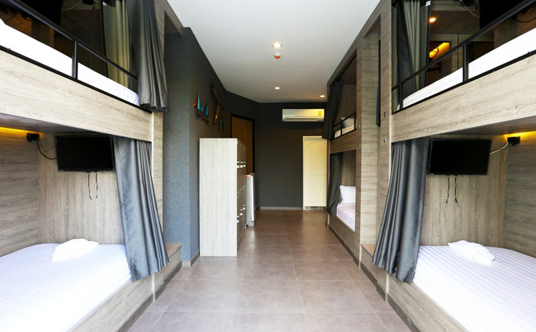 SIX BUNK BEDS LADIES DORM WITH BALCONY AND BATHROOM